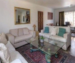 R 11,000 - 3 Bed Flat To Let in Roodepoort