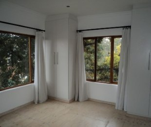 R 3,200 - 1 Bed Flat To Let in Florida Park