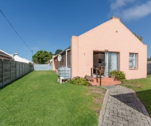 R 790,000 - 3 Bed Property For Sale in Bos En Dal