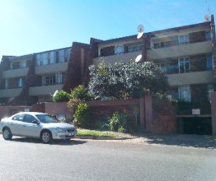 R 420,000 - 2 Bed Flat For Sale in Florida