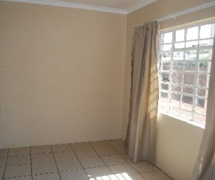 R 5,550 - 2 Bed Apartment To Rent in Potchefstroom