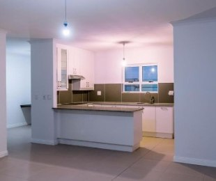 R 15,000 - 3 Bed House To Let in Sunningdale