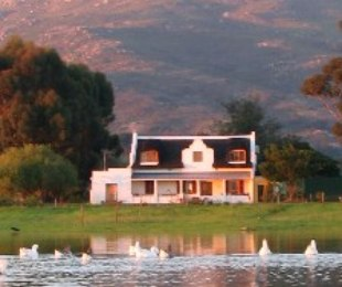 R 18,900,000 - 7 Bed Farm For Sale in Paarl