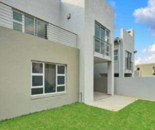 R 35,000 - 3 Bed Home To Rent in Sandton
