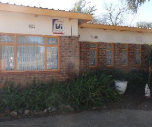 R 850,000 - 3 Bed House For Sale in Jim Fouchepark