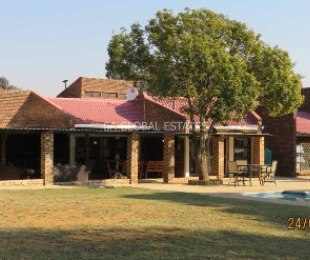 R 4,340,000 - 4 Bed Smallholding For Sale in Marister