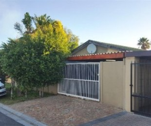 R 1,550,000 - 3 Bed House For Sale in Richwood