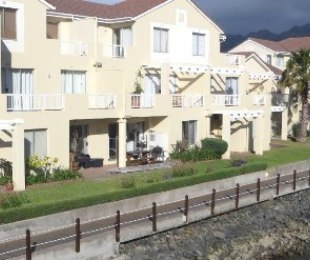 R 2,499,000 - 3 Bed Apartment For Sale in Gordon's Bay