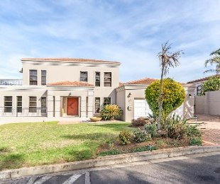 R 4,190,000 - 3 Bed Home For Sale in Van Riebeeckshof