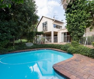 R 3,100,000 - 3 Bed House For Sale in The Gardens