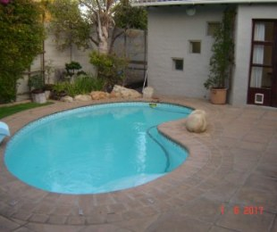 R 2,595,000 - 3 Bed Property For Sale in Edgemead