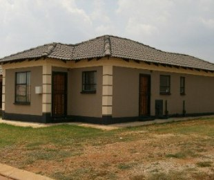 R 675,789 - 3 Bed Property For Sale in Dawn Park