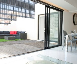 R 4,550,000 - 2 Bed Flat For Sale in Cape Town - City Bowl