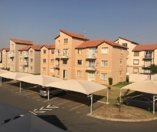 R 690,000 - 3 Bed Property For Sale in Ormonde