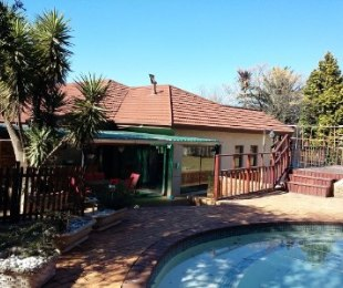 R 2,599,000 - 5 Bed House For Sale in Observatory