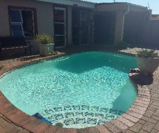 R 1,385,000 - 3 Bed House For Sale in Kensington