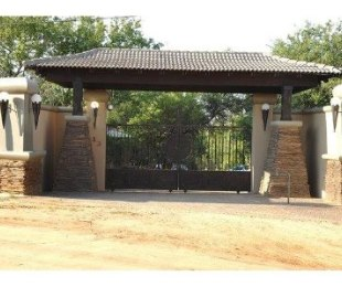 R 18,000,000 - 15 Bed Property For Sale in Vaal River
