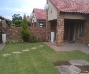 R 950,000 - 3 Bed Property For Sale in Theresapark