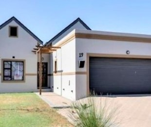 R 1,599,999 - 2 Bed Home For Sale in Kraaifontein