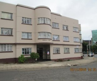 R 495,000 - 1.5 Bed Flat For Sale in Umbilo