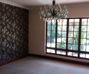 R 2,600,000 - 5 Bed Property For Sale in Amandasig