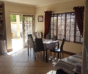 R 1,190,000 - 3 Bed Property For Sale in Theresapark