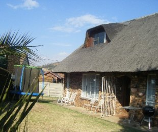 R 1,150,000 - 3 Bed Home For Sale in Suideroord