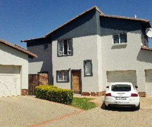 R 1,660,000 - 3 Bed Property For Sale in Silver Lakes