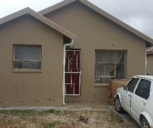 R 560,000 - 2 Bed House For Sale in Northpine