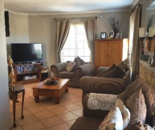 R 1,749,000 - 5 Bed House For Sale in Richwood
