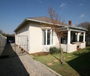R 750,000 - 3 Bed Property For Sale in Malvern