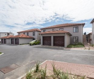R 1,170,000 - 2 Bed Flat For Sale in Northern Suburbs