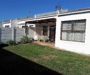 R 1,295,000 - 3 Bed Property For Sale in Marina Da Gama