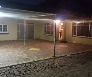 R 1,750,000 - 3 Bed Home For Sale in Kuils River