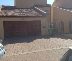 R 2,450,000 - 3 Bed Property For Sale in Edenvale