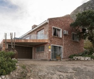 R 2,395,000 - 3 Bed House For Sale in Betty's Bay