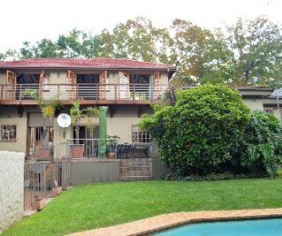 R 2,650,000 - 5 Bed House For Sale in Cyrildene