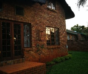 R 1,450,000 - 3 Bed Home For Sale in Garsfontein