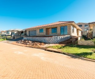 R 2,280,000 - 3 Bed Home For Sale in Hartenbos