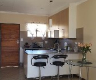 R 6,500 - 2 Bed Property To Rent in Sagewood