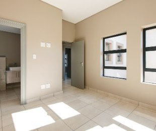 R 2,050,000 - 3 Bed Property For Sale in George