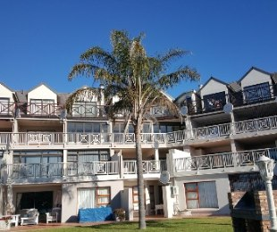 R 1,570,000 - 2 Bed Flat For Sale in Hartenbos