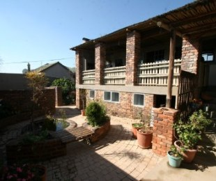 R 1,499,000 - 2 Bed House For Sale in Kensington