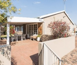 R 1,800,000 - 3 Bed House For Sale in Kensington B