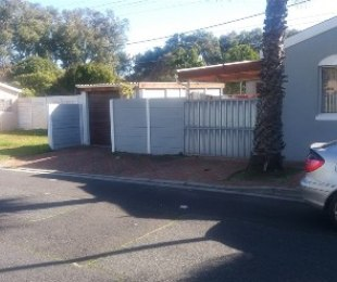 R 1,999,000 - 6 Bed Home For Sale in Fairways
