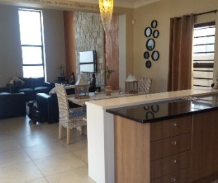 R 1,795,000 - 3 Bed House For Sale in Parklands