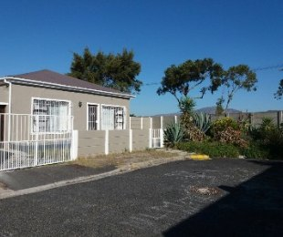 R 1,599,000 - 2 Bed House For Sale in Kenwyn