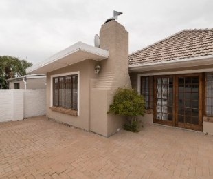 R 2,550,000 - 4 Bed House For Sale in Boston