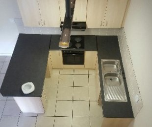 R 950,000 - 2 Bed Flat For Sale in Wynberg