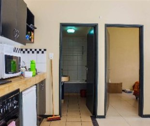 R 4,200 - 1 Bed Flat To Rent in Melville